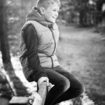 child-photo-shoot-boy-in-woods