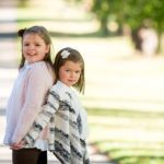 child-photo-shoot-sisters-at-autumn