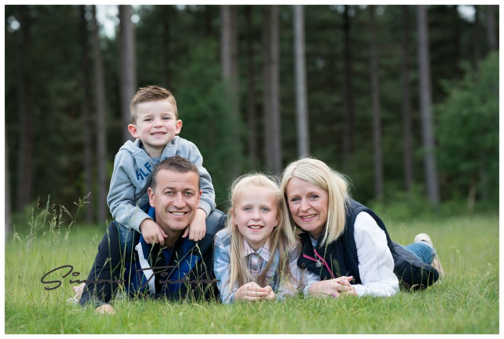 family-at-sunset-nottingham-portraits