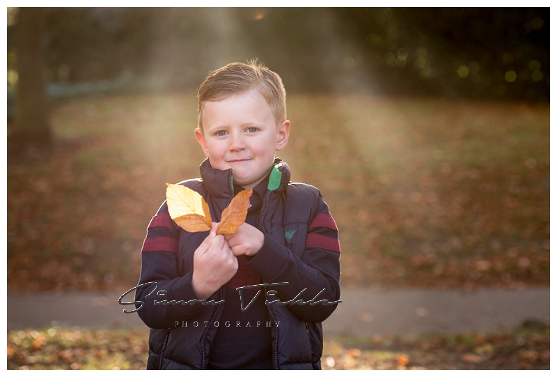 Autumn family & child photoshoot in mansfield, nottingham