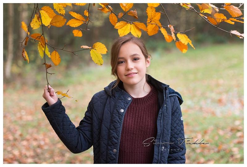 autumnal woodland family photoshoot mansfield nottinghamshire