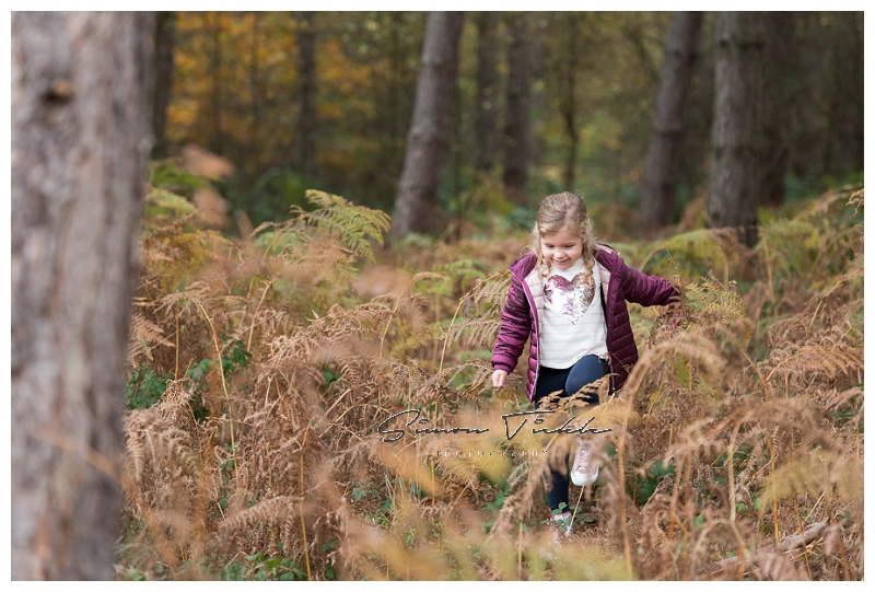 autumnal woodland family photoshoot mansfield nottinghamshire