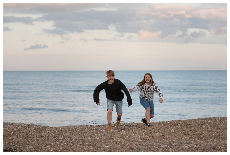 family photoshoot on the beach, photographer in mansfield nottingham